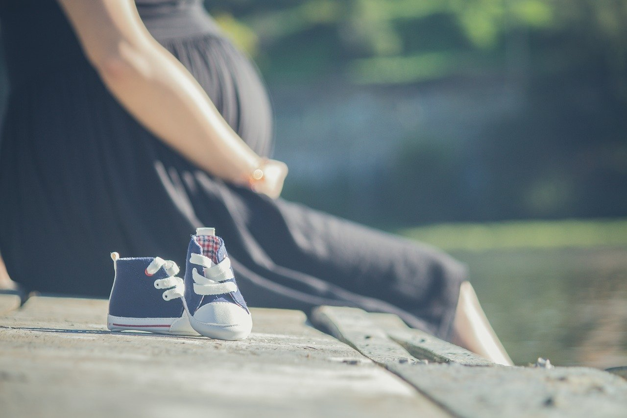 pregnant, shoes babies, spring